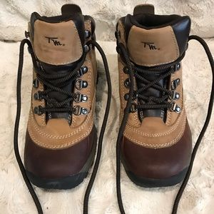 Thom McAn All Weather Insulated Boots